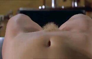 Hana folladas caseras gay hace una mamada en la cámara por primera vez