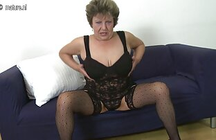 Tortura de mamada y pinzas gay follado dormido para la ropa.