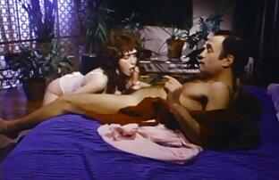 Aaliyah Love y Belle Noire son compañeras macho follando a gay de cuarto