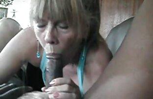 Ella tiene el cojiendo con mi padrastro gay control