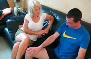 Cornudo MILF disfruta de una BBC videos xxx de gordos gay mientras su marido mira