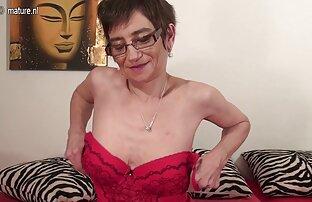 MegaBitch: Sperma-Action im chicos lindos xxx gay Dreier